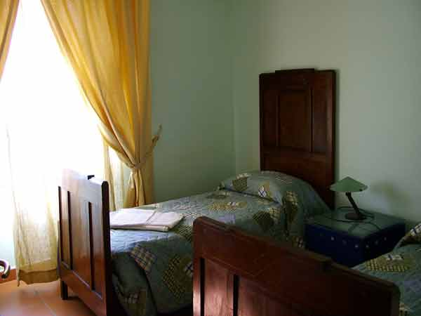Un Balcone Sul Centro Antico, Napoli, Italy, find the lowest price for hotels, hostels, or bed and breakfasts in Napoli